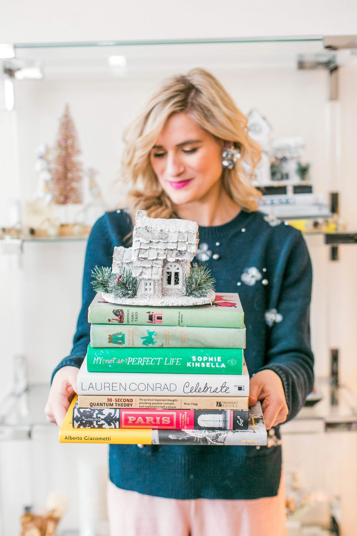 How To Style Your Bookshelf for the Holidays While Keeping it Practical| Bijuleni