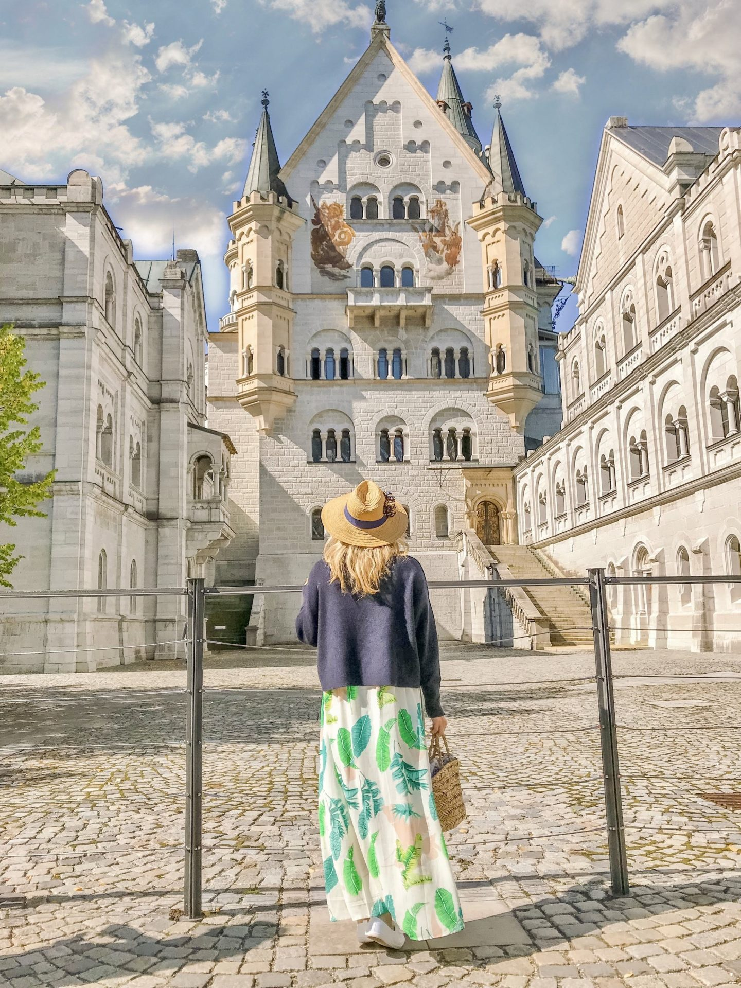 Bijuleni - Neuschwanstein Castle, the ultimate guide