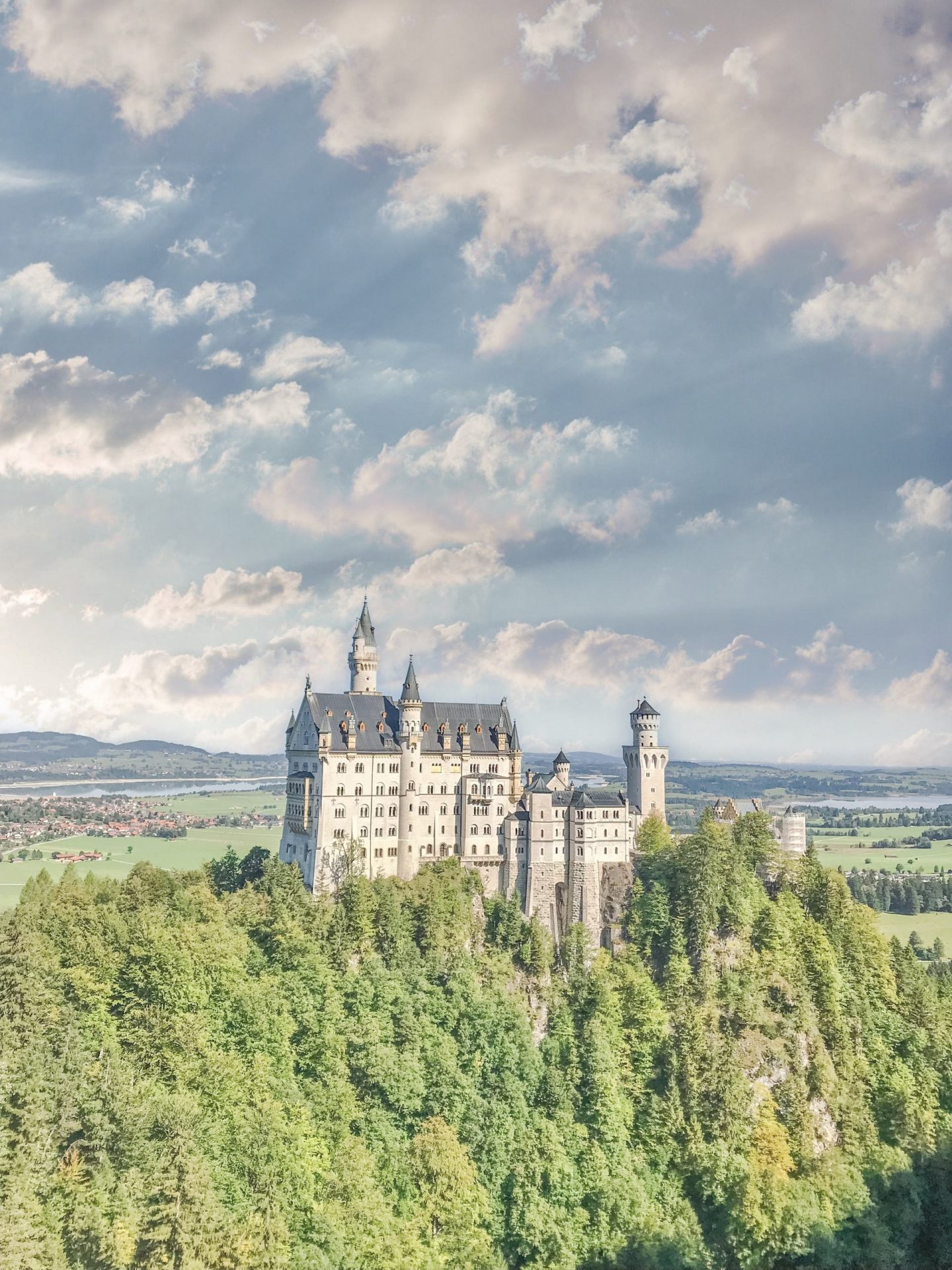 Bijuleni - Day Trip to Neuschwanstein Castle