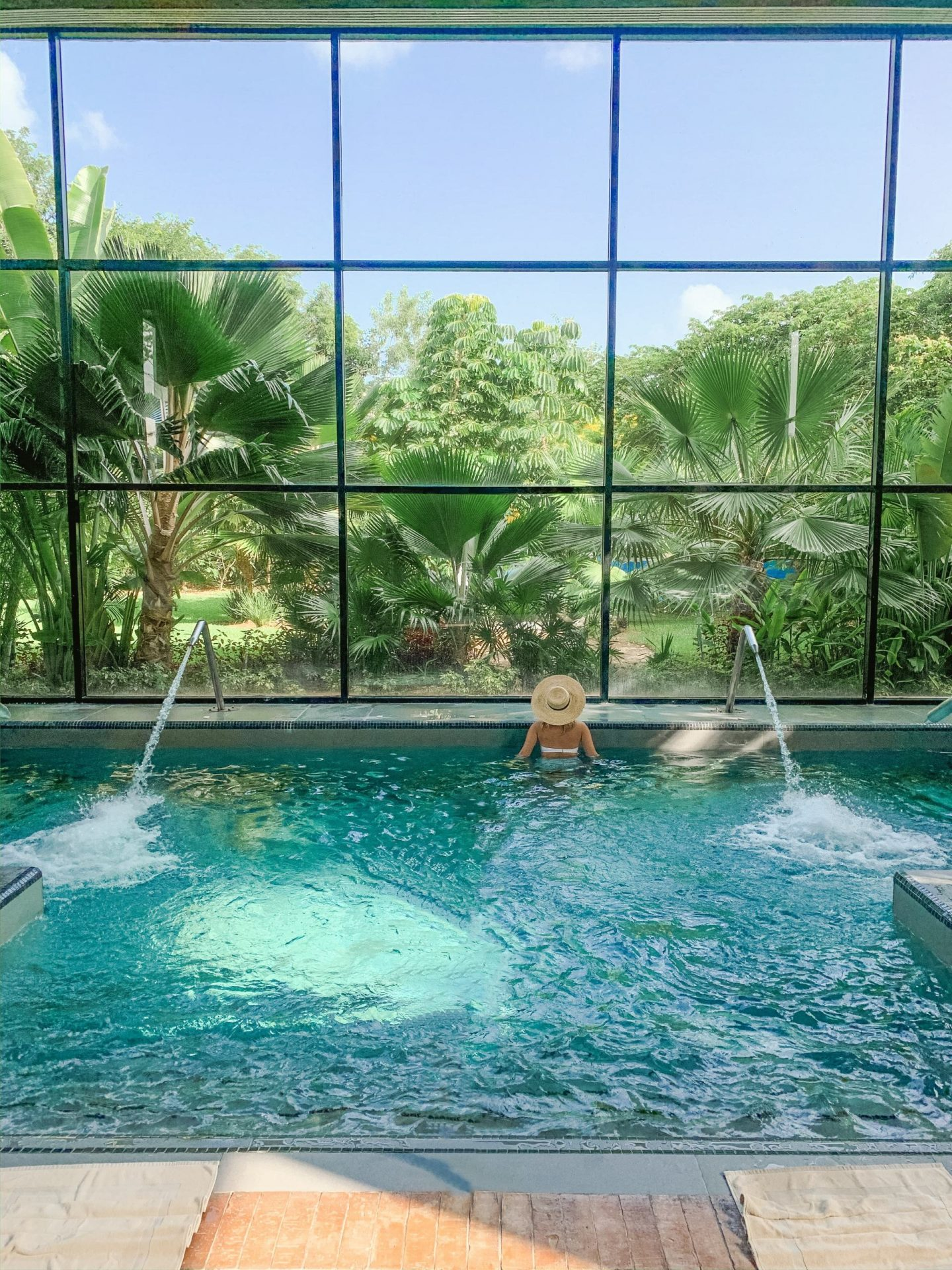Ocean Riviera Paradise Mexico, All Inclusive Review - Spa Pool
