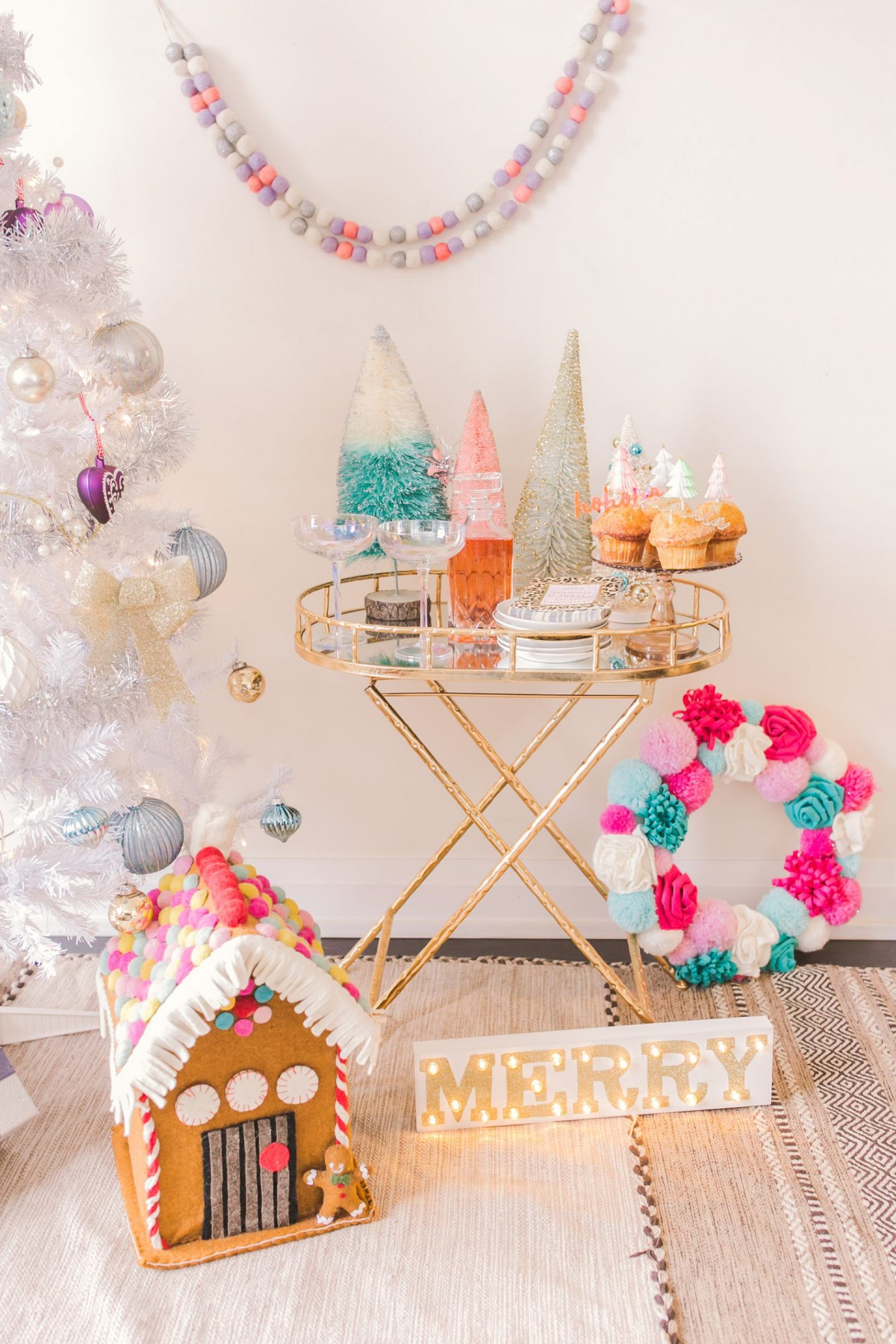 5 Easy Tips for Styling Your Holiday Bar Cart Styling - Bijuleni