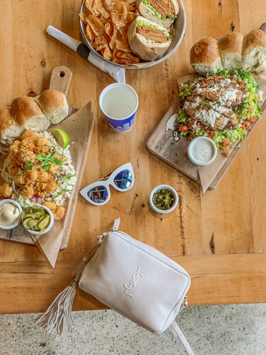 Thinking of visiting Jacksonville Florida with your family or girlfriends for a fun weekend? Sharing this spot - Bread & Board plus other restaurants you need to stop and grab a bite at.